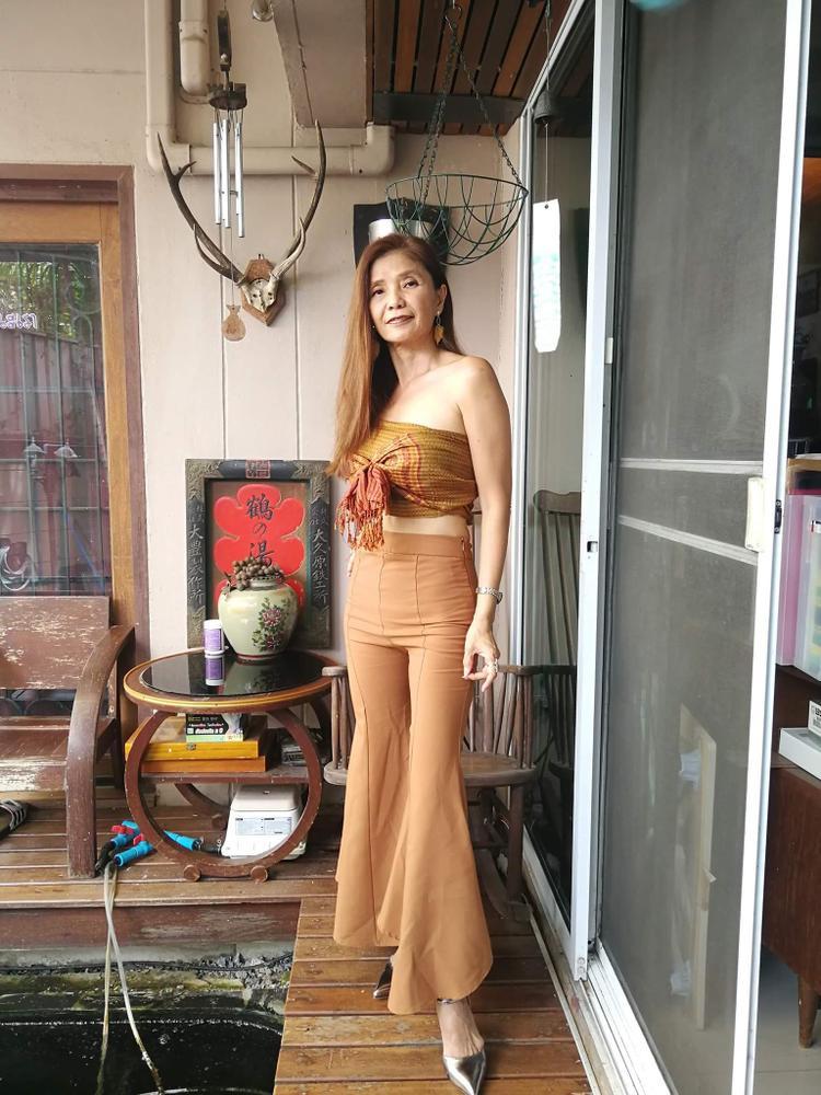 Trước khi được cộng đồng mạng Việt Nam biết đến thì Sopit Soonthorntanasatit khá nổi tiếng tại Thái Lan.