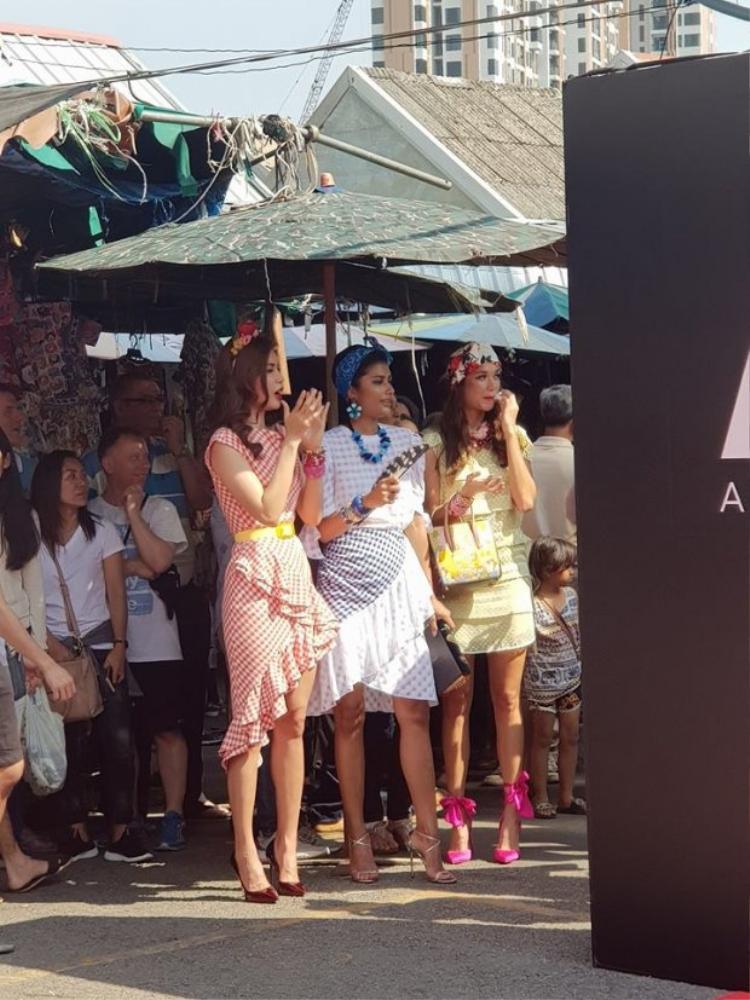 Minh Tú cùng Shikin xuất hiện tại Bangkok trong buổi ghi hình vào tháng 4 vừa qua.