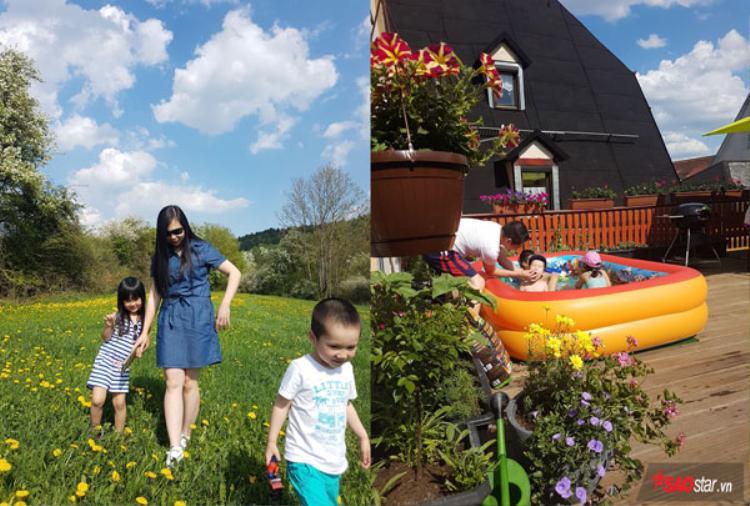 Sau những khu vườn trên mặt đất đầy hoa trái của chị em người Việt bên trời Âu, hôm nay phóng viên Saostar mời độc giả đến thăm khu vườn trên ban công của gia đình chị Cát Hoàng Lạng. Vì nhà trên phố nên khu vườn nhỏ của gia đình chị chính là ở ban công sân thượng nhà mình.