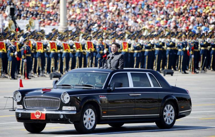 Các lãnh đạo quyền lực trên thế giới đang đi xe gì?