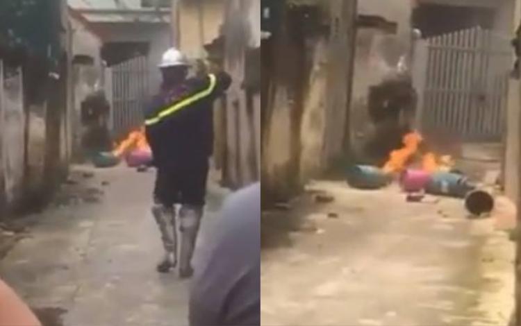 Lực lượng công an tiếp cận dập tắt đám cháy.