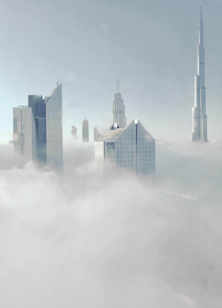 """Giải ba Kiến trúc - """"Burj Khalifa Dubai"""": Tôi chụp hình ảnh này vào lúc 6:48 sáng từ cửa sổ khách sạn khi chuẩn bị đi làm. Chụp bằng iPhone 6. (Nasra Al Sharji)."""