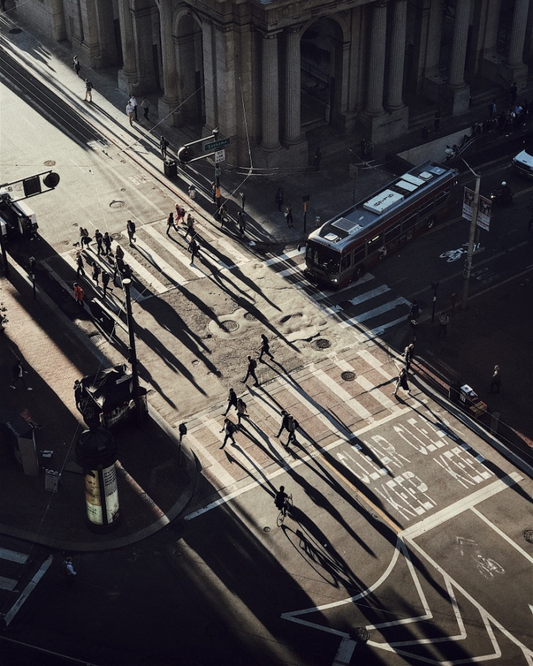 """Giải nhì Hoàng hôn - """"Chasing Light"""": Chụp bằng iPhone 7 Plus. (Cocu Liu)"""