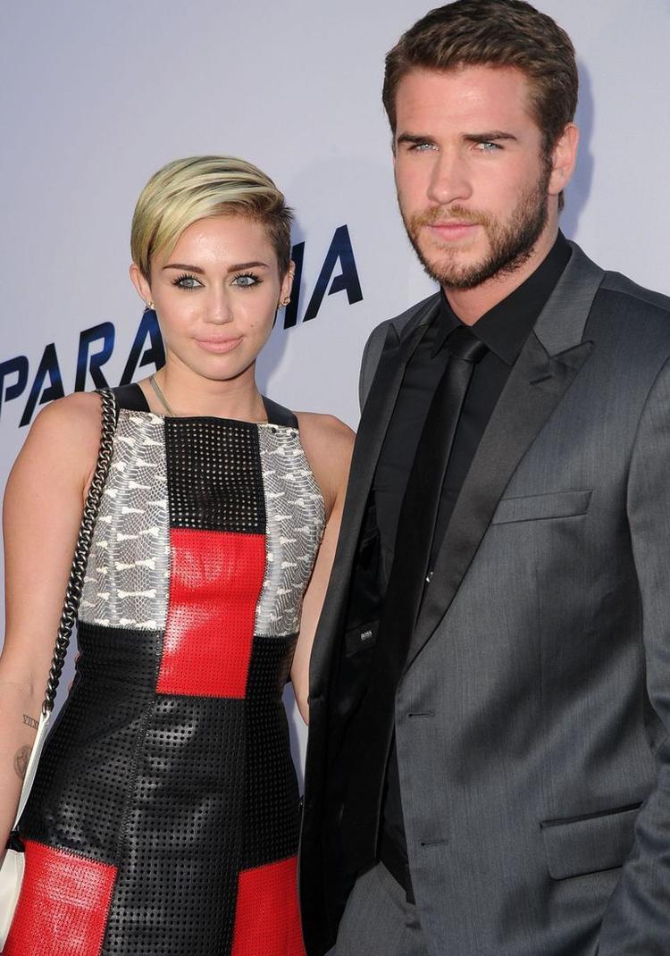 Tháng 8/2013: Lần cuối cả hai xuất hiện như một cặp đôi trên thảm đỏ tại sự kiệncông chiếu phim Paranoia.