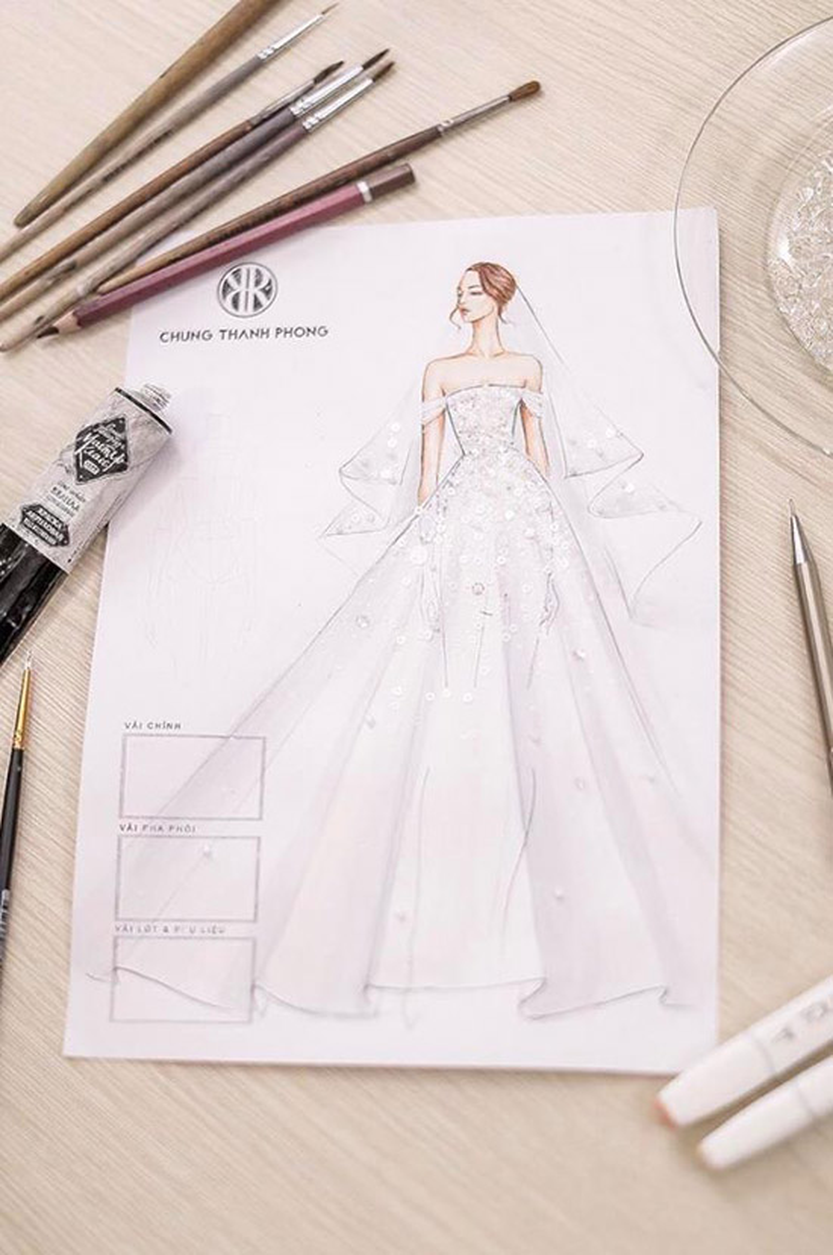 Váy cưới của Tú Anh được NTK Chung Thanh Phong tiết lộ.