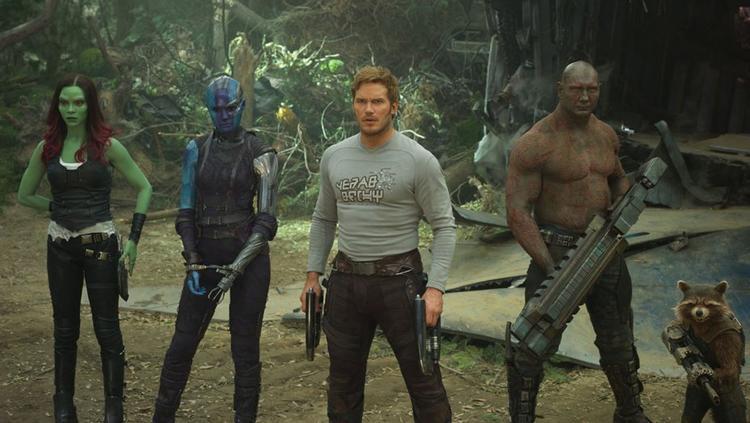 Drax Dave Bautista chỉ trích Marvel và Disney vì đã sa thải James Gunn sau vụ tweet nhạy cảm