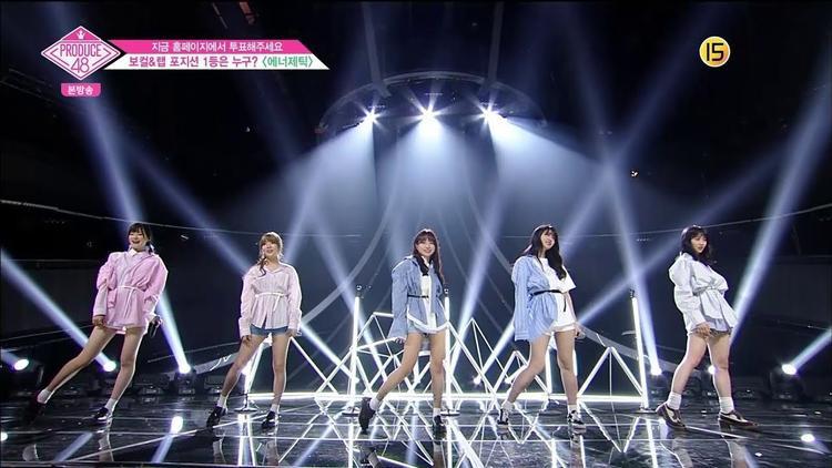Đội Energetic gồm: Asai Minami, Na Goeun, Jo Yuri (main vocal), Kim Sihyun và Yamada Noe (từ trái sang phải). Sở hữu 2 trong số những giọng hát tốt nhất Produce 48 là Goeun cùng Yuri nên đội này đã dễ dàng hoàn thành thử thách. Đặc biệt, phần rap bằng 3 thứ tiếng Nhật - Hàn - Anh của Yamada Noe khiến khán không khỏi thích thú.