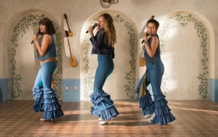 Tất cả hit của ABBA tạo thành bữa tiệc âm nhạc trong Mamma Mia! Here We Go Again