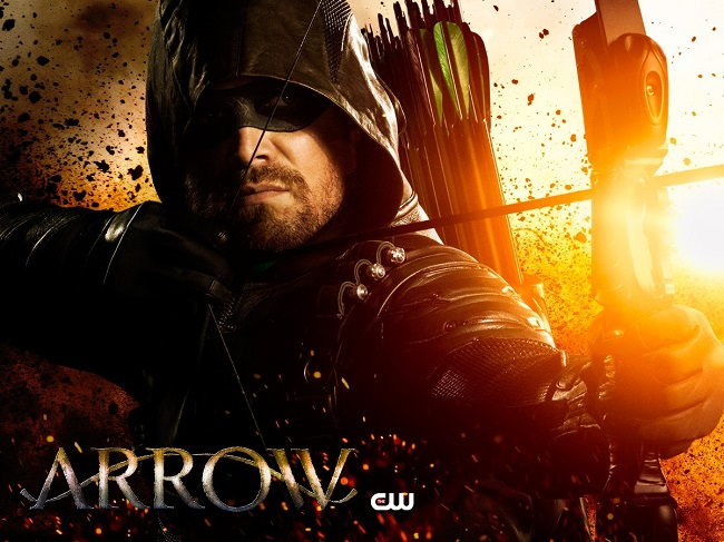 "Oliver Queen trở lại trong ""Arrow"" mùa 7."