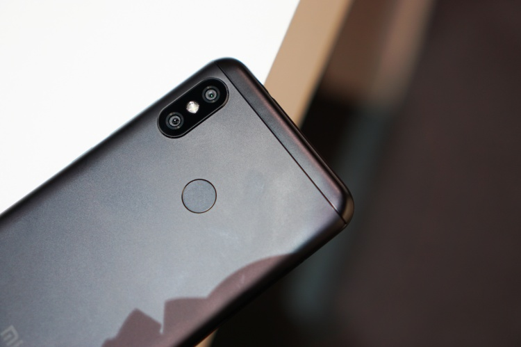 Xiaomi ra mắt 2 smartphone tầm trung Mi A2 và Mi A2 Lite: Nhấn mạnh vào chụp ảnh xoá phông!