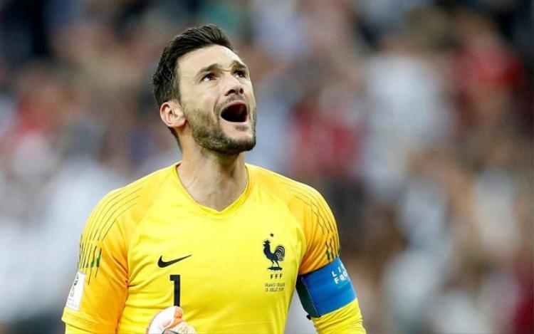 Lloris mắc sai lầm ở trận chung kết World Cup 2018. Ảnh: Independent.