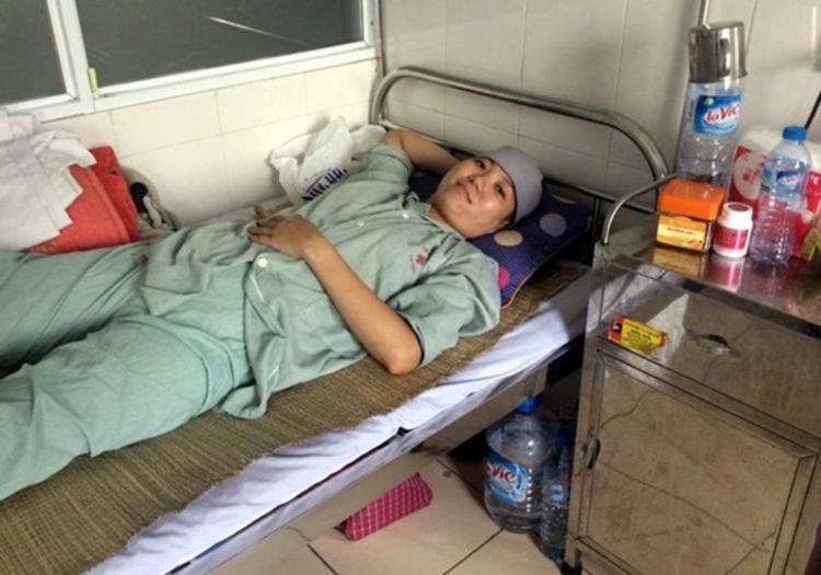 Hình ảnh chị Huyền Trang vô cùng lạc quan khi điều trị bệnh ung thư. Ảnh Vietnamnet