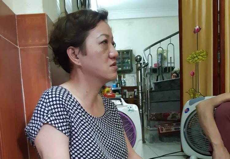 Bà Bái bật khóc khi kể về phút cuối đời đầy đau đớn nhưng vô cùng lạc quan của con gái.