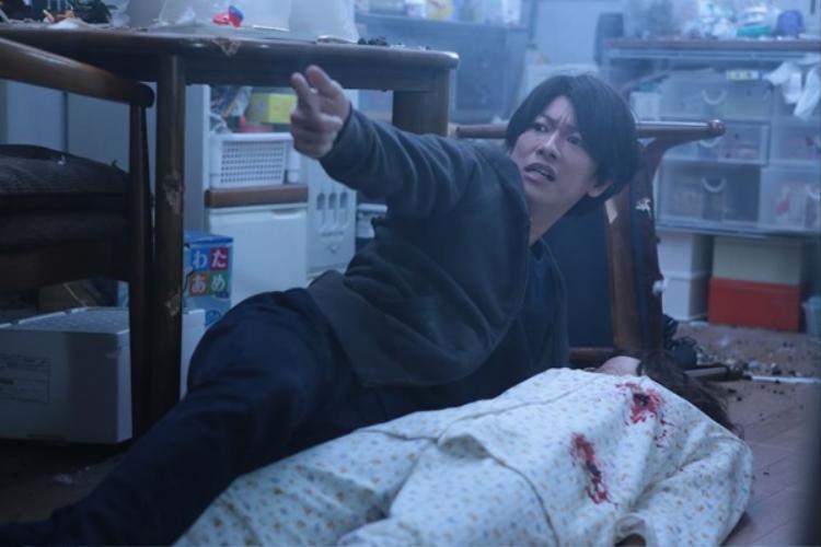 Bức tranh xã hội hiện thực đầy rẫy bất công hiện ra trong Inuyashiki!