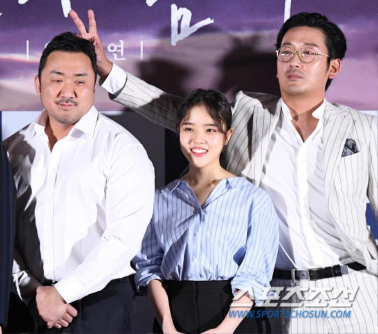 Ma Dong Seok vô tình trở thành mục tiêu của Ha Jung Woo.