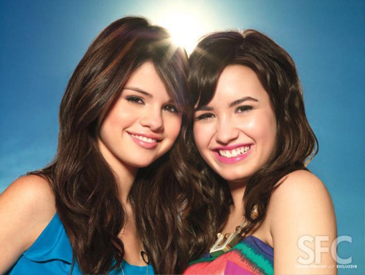 Selena đã gửi lời thăm hỏi và động viên Demi sớm vượt qua.