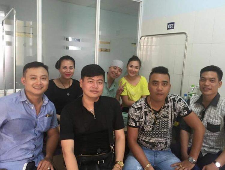 Huyền Trang luôn lạc quan với bạn bè, những người bệnh khác.