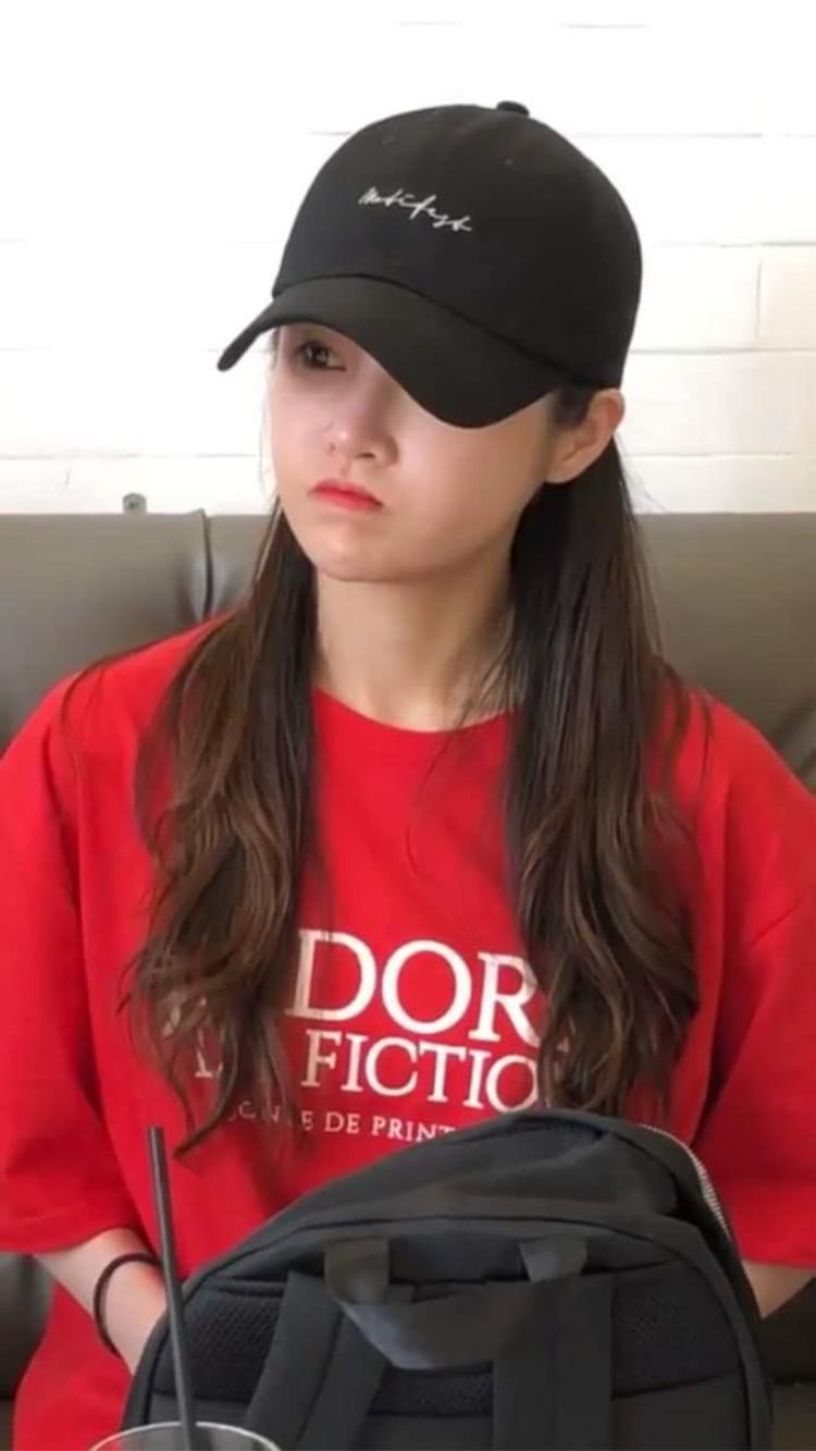 Còn đây là hình fan bất ngờ chụp được tại Đà Lạt. (Nguồn: IG utyeu.01)