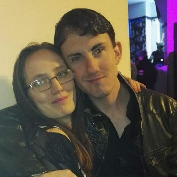Cặp đôi này đã sống chung với nhau tại một ngôi nhà ở Preston, Lancashire. Ảnh: Cavendish Press.