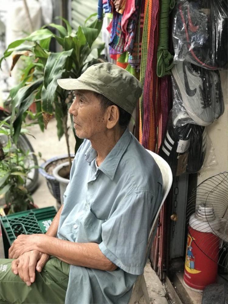 Ở tuổi 89, NSUT Trần Hạnh đã cống hiến hơn nửa đời người cho nghệ thuật. Ảnh VietNamNet.