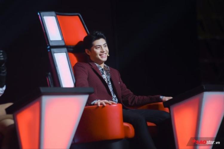 Noo Phước Thịnh tại vòng Đo ván The Voice 2018.