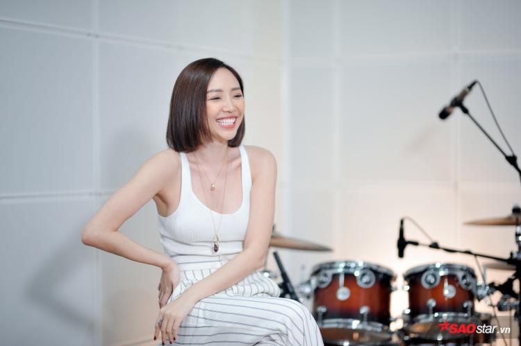 Đến với Radio 179 số thứ 2, Tóc Tiên sẽ gửi tặng khán giả nhiều bất ngờ thú vị.