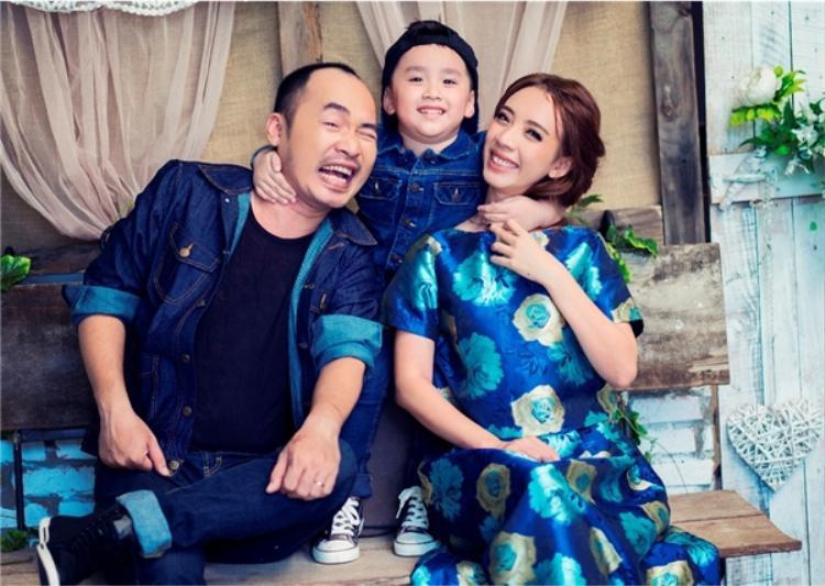 Gia đình hạnh phúc của Tiến Luật - Thu Trang.