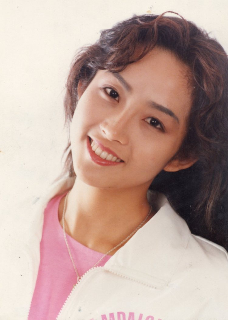 Vẻ đẹp khó tin của nữ diễn viên quá cố Choi Jin Shin.
