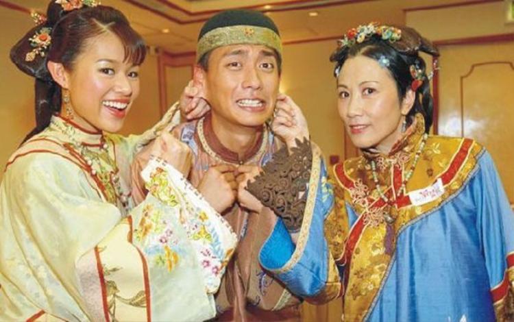 Lăng Mậu Xuân con trai độc nhất của nhà họ Lăng luôn phải tìm cách cân bằng giữa mẹ và vợ mình.