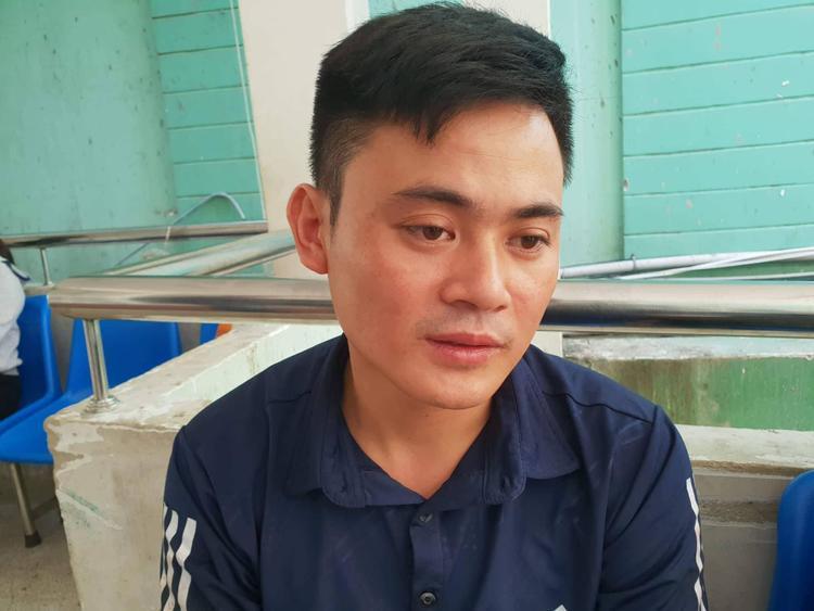 Anh Dương Chí Linh thẩn thờ sau vụ việc.