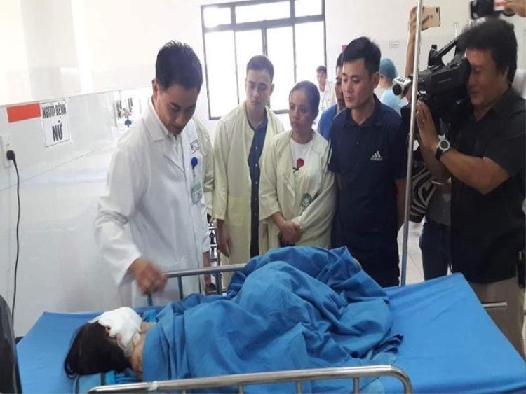 4 nạn nhân bị thương nặng đang được điều trị tại Bệnh viện Đa khoa Đà Nẵng. Ảnh Pháp luật TP.HCM.
