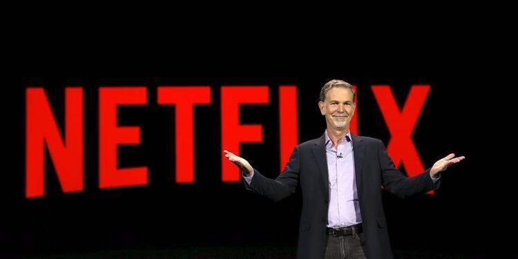 Netflix: Netflix rất hào phòng với các ông bố, bà mẹ mới khi cho phép họ nghỉ làm tới một năm vẫn được trả lương. Các ông bố, bà mẹ mới ngoài ra có thể quay lại làm toàn thời gian hoặc bán thời gian và vẫn được nghỉ làm khi cần trong suốt một năm này.