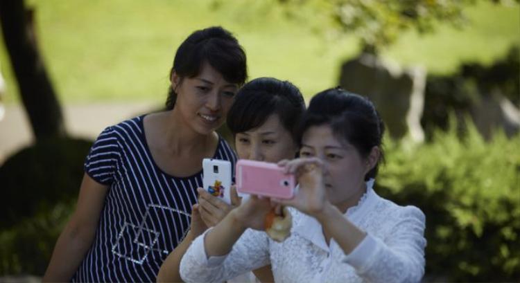 Cứ 10 người Triều Tiên thì đã có tới 4 người dùng smartphone.