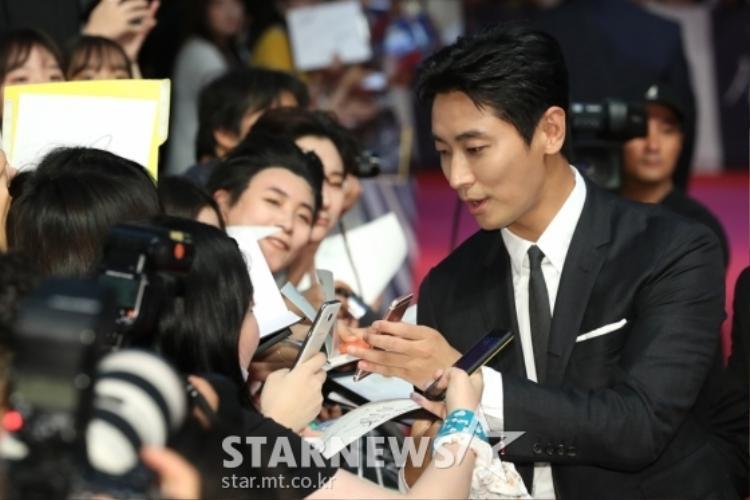 Nam diễn viên Joo Ji Hoon. Mọi chuyện đều ổn cho đến khi…..