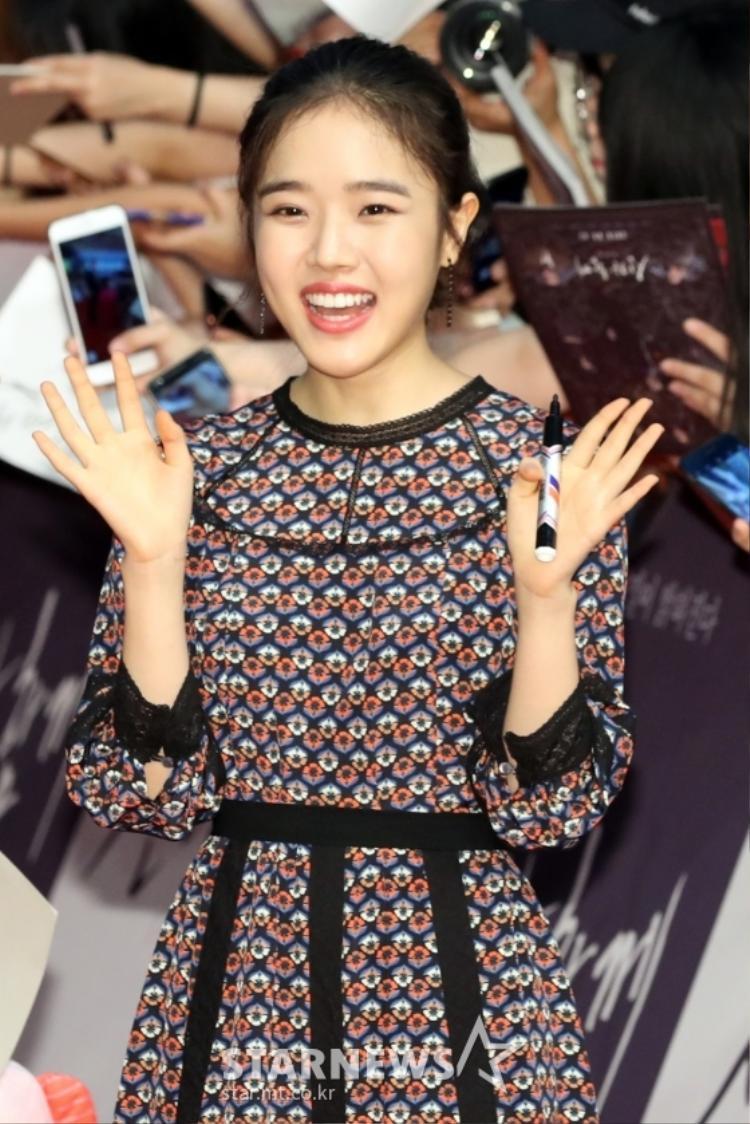 Sao nhí Kim Hyang Gi như bông hoa nở rộ mỗi khi nở nụ cười.