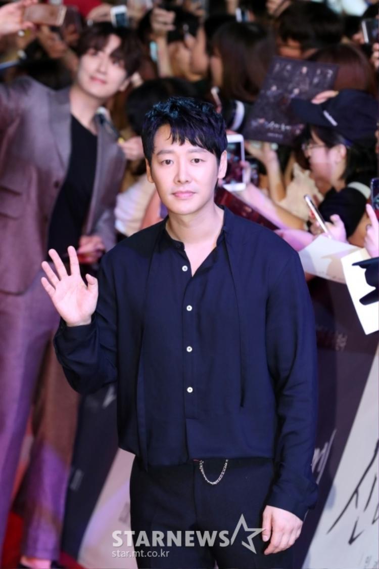 """""""Linh hồn thuần khiết thứ 49"""" - Kim Dong Wook."""
