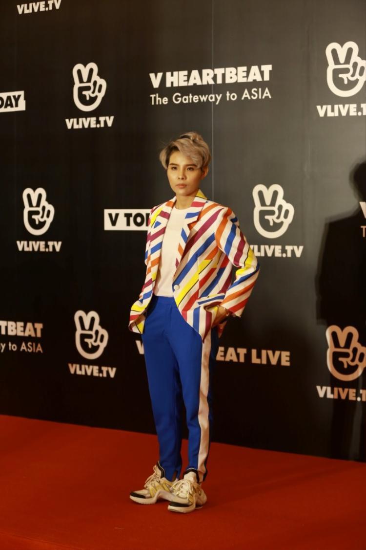 HLV The Voice Kids 2018: Những lần bộ sậu quyền lực mang Vpop khoe với fan châu Á