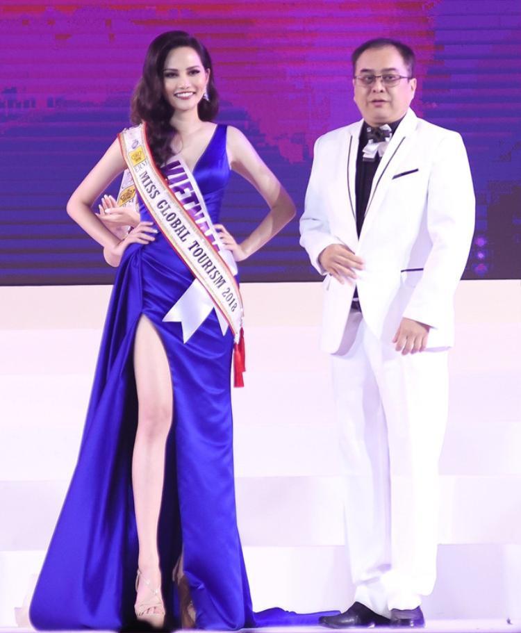 Diệu Linh nhận danh hiệu Nữ hoàng du lịch 2018 tại Thái Lan.
