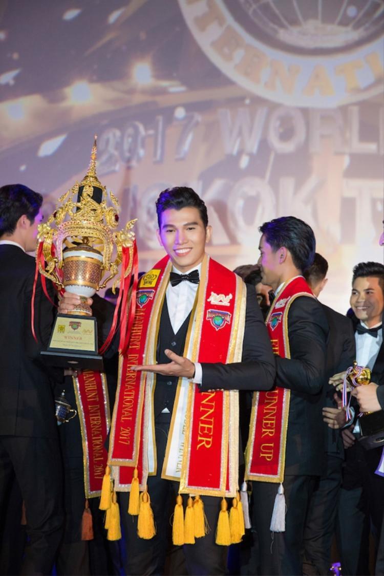 Xứ Chùa Vàng  miền đất hứa cho nhan sắc Việt được danh giá xướng tên