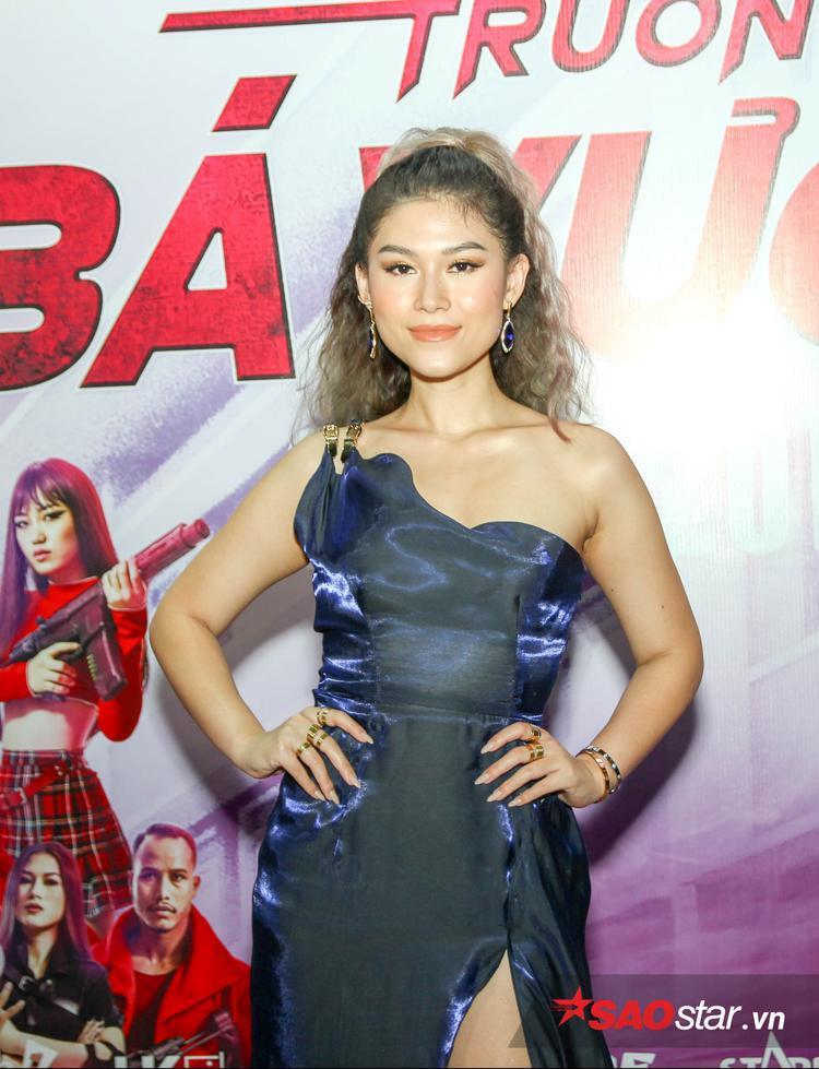 Ngọc Thanh Tâm đảm nhận vai nữ sát thủ.
