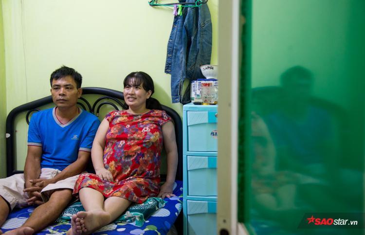 Cuối năm ngoái, cả hai quyết định từ Nghệ An vào tận Sài Gòn để tìm một đứa con sau hơn 17 năm trời dài đằng đẵng.