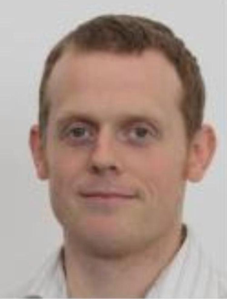 Tiến sĩ Mark là giám đốc điều hành của Trung tâm thông tin khí hậu quốc gia (Anh).