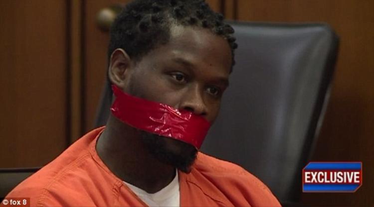 Williams cuối cùng cũng đã bị kết án 24 năm tù vì thực hiện 3 vụ cướp có vũ khí.