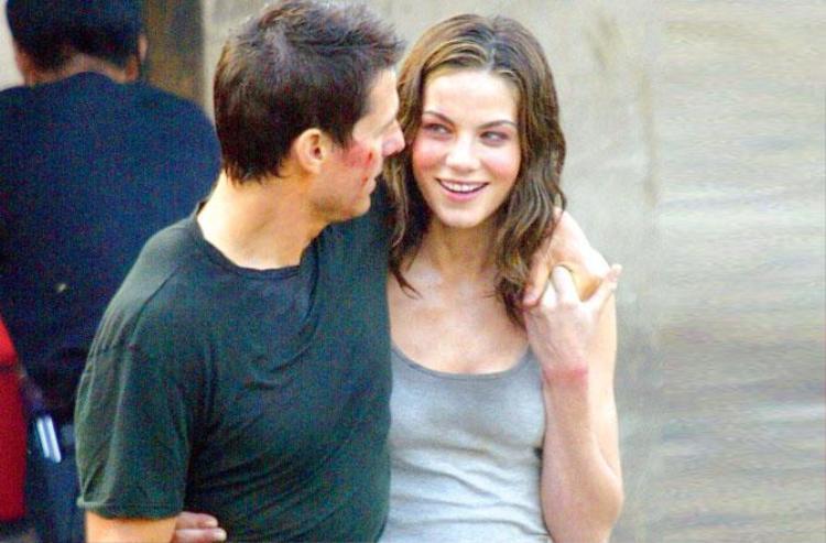 Loạt mỹ nữ nóng bỏng sánh vai bên Tom Cruise trong series Mission Impossible khiến fan thổn thức