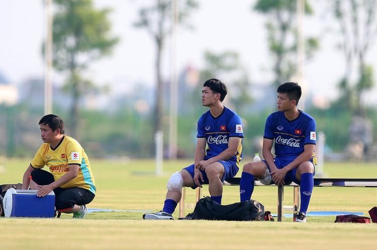 Không vượt qua được áp lực vô hình từ dư luận, U23 Việt Nam khó thành công.