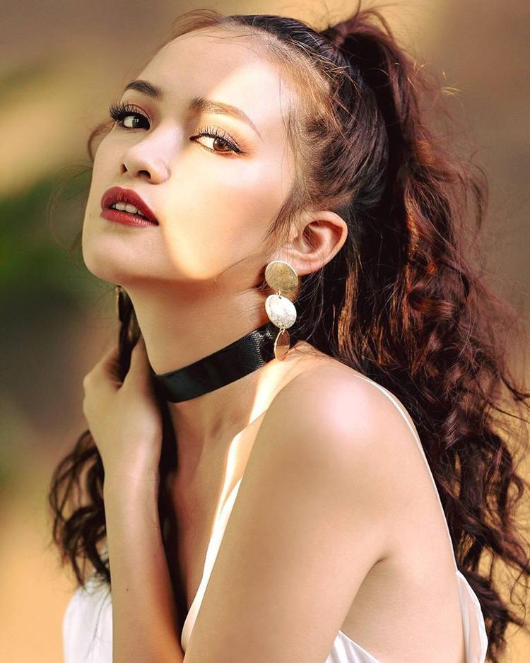 Vẻ đẹp vừa ấn tượng, vừa dễ nhìn của Ngọc Châu.