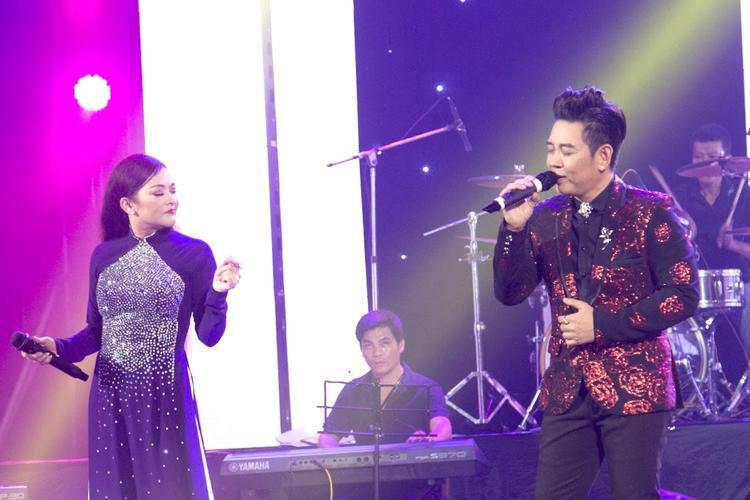 Nam ca sĩ song ca ăn ý với đàn chị Như Quỳnh.