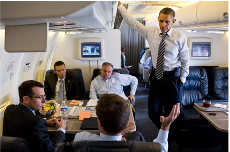 Tổng thống Barack Obama trên chiếc Air Force One vào năm 2012. Ảnh: Getty Images
