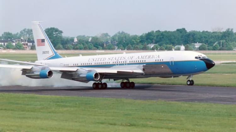 Air Force One mang số hiệu đuôi SAM 26000 - chiếc chuyên cơ đầu tiên mang kiểu dáng thiết kế mới. Ảnh: Bảo tàng Không Quân Mỹ