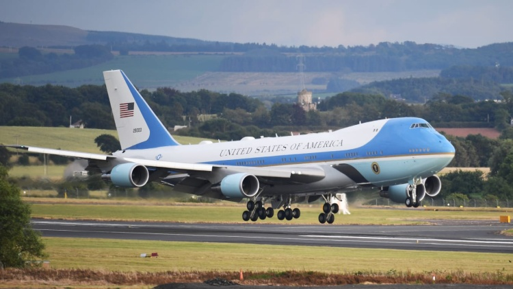 Không lực Một của Tổng thống Mỹ thay đổi ra sao theo năm tháng